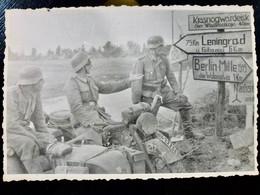 GERMAN Photo WW2 WWII ARCHIVE : Wehrmacht Av MOTO Side Car ** BMW ** Près De LENINGRAD - Krieg, Militär