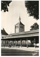 (DD 10) VERY OLD - France - Jarjeau - Halle Et Eglise - Piazze Di Mercato