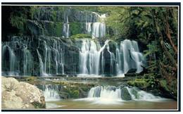 (DD 9) New Zealand - Waterfall - Purakaunui Falls - Aeródromos