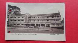 Java-Bandoeng.Nieuw Frontgebouw Grand Hotel Preanger - Indonesia