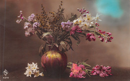 Narcisses - Fleurs -  Dans Un Vase - - Fiori