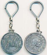 Porte-clefs Métallique GRENOBLE ATHENES - SOLDAT GREC  Xèmes Jeux Olympiques D'Hiver De GRENOBLE 1968  Olympic Games 68 - Other