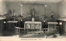 79. CPA. NIORT - La Chapelle De L'institution Jehanne D'Arc -  Autel -  1942. Scan Du Verso   -- - Niort