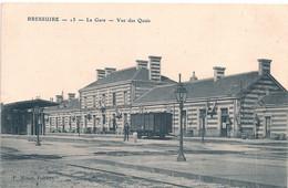 Cpa 79 Bressuire La Gare Vue Des Quais - Bressuire