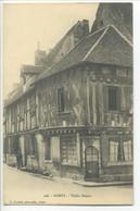 CPA 58 Nièvre DONZY - Vieille Maison (petite Animation) - Other Municipalities