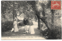 L130B267 - Chatel-Guyon - Le Parc - Une Allée - Châtel-Guyon