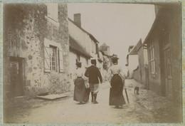 Famille Augier De Moussac. Noblesse. Une Rue De Masseret (Corrèze). 1898. - Alte (vor 1900)