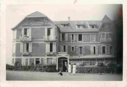 France PREFAILLES 1937 Le Casino 2 X Photos 8,5 X 6 Cm - Plaatsen