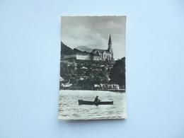 ANNECY   -  74  -  Basilique Et Monastère De La Visitation Vus Du Lac   -   Haute Savoie - Annecy