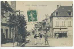CPA 58 Nièvre COSNE - Rue Des Frères GAMBON - Magasins, Coifeur Animation, Soldats - Cosne Cours Sur Loire