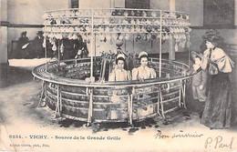 VICHY. Source De La Grande Grille. - Vichy