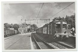 Baarn Station Electric Train Trein Spoorweg Railway Eisenbahn Chemin De Fer Gare Bahnhof 1950s - Baarn