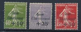 P-416: FRANCE: Lot  Avec NEUFS SANS GOMME N°275/277 - Ungebraucht