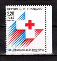 FRANCE / 1988 / Y&T N° 2555a ** : 125ème Anniversaire De La Croix-Rouge (de Carnet Avec Bord) X 1 - Unused Stamps