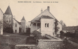 MOTEY-BESUCHE (Haute-Saône) - Le Chateau - Intérieur De La Cour. - Other Municipalities