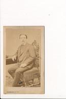 CDV D'homme Assis  Photographe MARMAND à LAGNIEU MEXIMIEUX MIRIBEL MONTLUEL  ( Photo Au Format 10 X 6 Cm ) - Antiche (ante 1900)