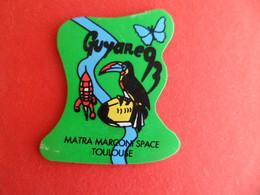 Magnet Publicité GUYANE 93 - Oiseau Toucan - Fusée Tintin - Rugby Papillon - Matra Marconi Space TOULOUSE - Magnets