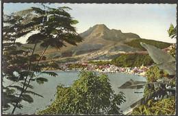 CPA MARTINIQUE --Saint-pierre Et Le Mont Pele . / Saint-Pierre And The Mont Pele. - Altri