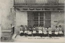 D 12   Fromagerie De ROQUEFORT  2 Cartes ( Tres Beau Plan ) Les Cabanieres Fabrication Du Fromage - Zonder Classificatie