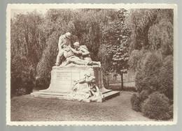 ***  DEURNE  ***  -  Het Standbeeld Der Gesneuvelden 1914-18 - Antwerpen
