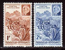 Madagascar 1941 Yvert 229 / 230 * B Charniere(s) - Ungebraucht