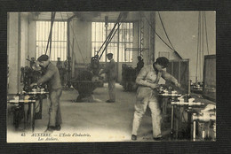 89 - AUXERRE - L'École D'Industrie - Les Ateliers - Auxerre