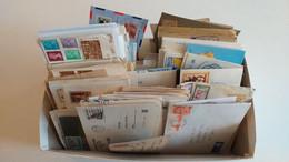 LOT N° E 152 MONDE Une Archive D'environ 500 Lettres Du Monde - Collezioni (in Album)