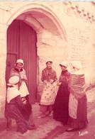 37-TOURAINE FOLKLORE VIEILLES PIERRES ET JEUNES TOURANGELLES-N°T2786-A/0191 - Autres Communes