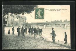CPA Lagny, Pont De Fer, Quai Saint-Pére, Une Partie De Peche - Unclassified