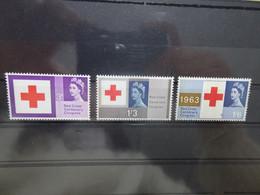 England Michel 362/64y Phosphor Rotes Kreuz/Red Cross (5925) - Nuevos