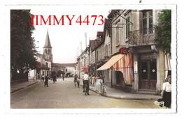 CPSM Dentelées - THAON-les-VOSGES 88 Vosges En 1958 - Avenue Des Fusillés ( Bien Animée ) Edit. CIM COMBIER - Thaon Les Vosges