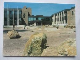 037 Ansichtkaart Oosterhout - Gemeentehuis - 1982 - Oosterhout