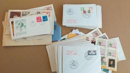 LOT N° E 154 VATICAN + ITALIE  Un Bon Lot De Lettres ,blocs 1er Jours Et Divers - Collezioni (in Album)