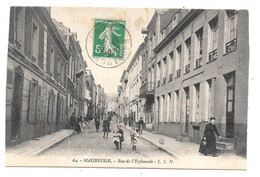 CPA 59 - MAUBEUGE - RUE DE L'ESPLANADE - Maubeuge