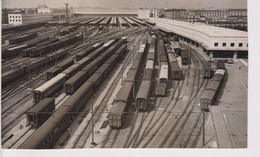TRACKS AT ROME ITALY NEW RAILWAY STATION 1950  20*12CM RAILWAY CHEMIN DE FER EISENBAHN - Trains