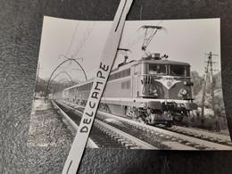 SNCF : Photo Originale Anonyme 12,5 X 17,5 Cm : BB 8502 Dans Les Landes - Treinen