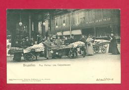 C.P. Bruxelles = Aux Halles  :  Les  COLPORTEUSES - Brussels (City)