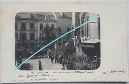 Photox4 DINANT 1901 Arrivée Du Prince Albert Eglise Estrade Royauté Koning Roi Famille Royale Koninklijke Familie - Lugares