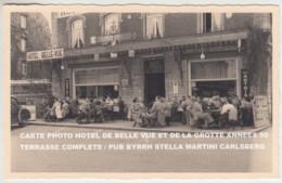 CARTE PHOTO HAN SUR LESSE (NAMUR) HOTEL DE BELLE VUE ET DE LA GROTTE ANNEES 50 TERRASSE COMPLETE - Rochefort