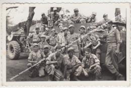 ORIGINAL PHOTOGRAPH CHERIBON 1940-ies SHORT AFTER THE MILITARY INTAKE / CIREBON INDONESIA JAVA, NEDERLANDS INDIE - Indonésie
