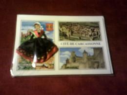 CARTE POSTALE  BRODEE   DU LANGUEDOC AVEC ENVELOPPE  CITE DE CARCASONNE - Languedoc-Roussillon