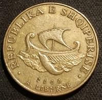 ALBANIE - ALBANIA - 20 LEKE 2000 - KM 78 - ( Dauphin - Bateau Liburne ) - Albanien