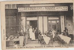 Marseille  13   Le Restaurant De La Marée-Tabacs-Specialités De Coquillages Et De Bouillbaisse Avec Terrasse Tres Animée - Andere