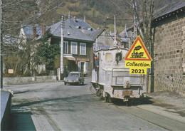 """675 - Tracteur électrique Type """"boîte à Sel"""", à Livet (38)  - - Eisenbahnen"""