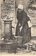 Femme Normande - Fontaine Porteuse D' Eau - Basse-Normandie