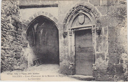 COLLECTION GELY SALERS COUR D HONNEUR DE LA MAISON DE BARGUE LE CORRIDOR - Non Classés
