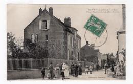 18 CHER - HENRICHEMONT Place Gabrielle Et Rue Neuve - Henrichemont