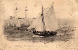- DIEPPE - Entrée Du Port Au Moment De La Marée - - Dieppe