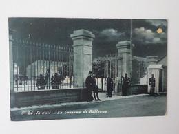 1900 CP Animée St Lô  La Nuit La Caserne De Bellevue Militaires Dans Pénombre - Saint Lo