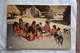 Guyane-village Indien-groupe - Other